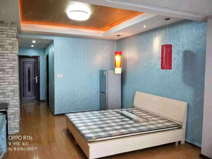 三马路步行街附近,融华世家公寓,家具家电齐全,温馨舒适