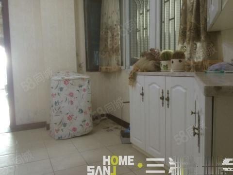 空间爱情海3室2厅1楼精装修住宅视野看江位置优越