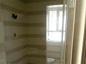 苏园小区房屋出租大三居半年起租。