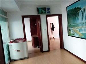 玫瑰园小区2楼两室一厅精装修带家具家电拎包入住