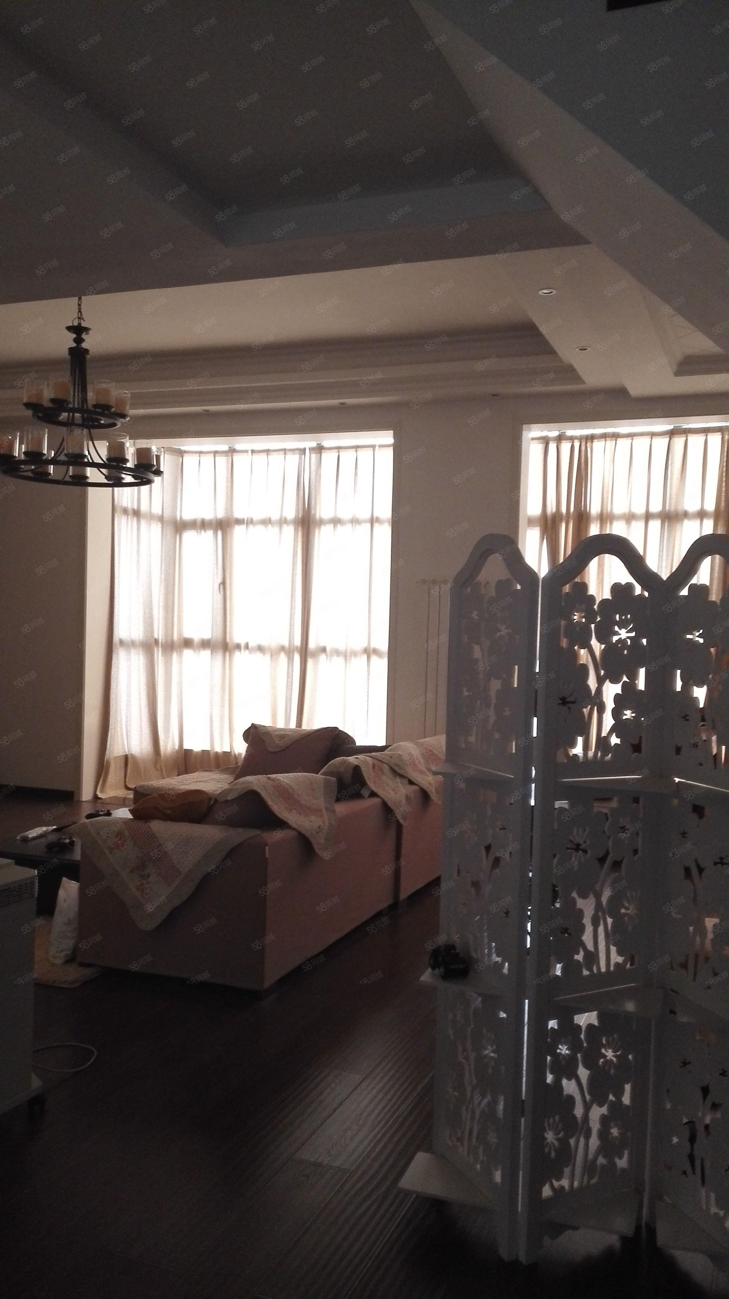 小区中间位置清水苑叠加别墅业主诚心出售带车库地下室