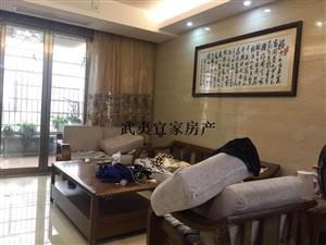 中睿城环境优美,居家舒适,宽敞空间,交通便利,购物方便