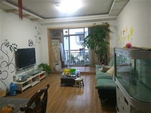 阳光城5楼2室2厅精装修家具电器齐全拎包入住空调3台