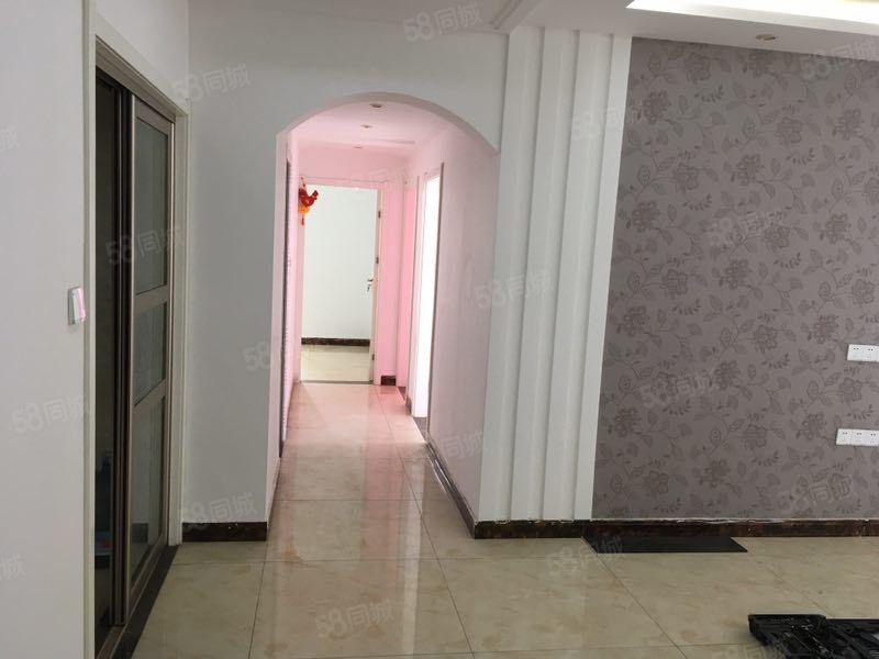 正弘公园花语苑近地铁精装三室家具家电齐全可拎包入住