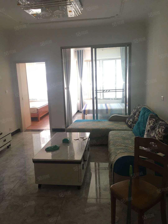大江坪桥头三江公园附近,两室两厅家电齐全直接可以拎包入住