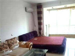香漫花都,52平精装1室,家具家电齐全,年租20000包物业
