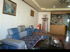 泸县城中心地段4室3厅2卫送屋顶花园和家电