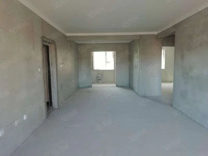 荣和城大平层140平米四室高层特价急售133万带地下室7平米