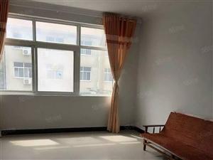 澳门星际网址龙苑小区附近3楼,有床,热水器