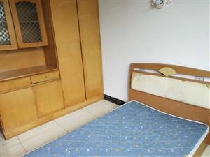 泸县福天路2室2厅1卫80平方住房出租!