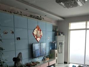 出售太行家园三室一厅精装修