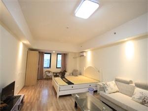 万达公寓一室精装修拎包入住简约风