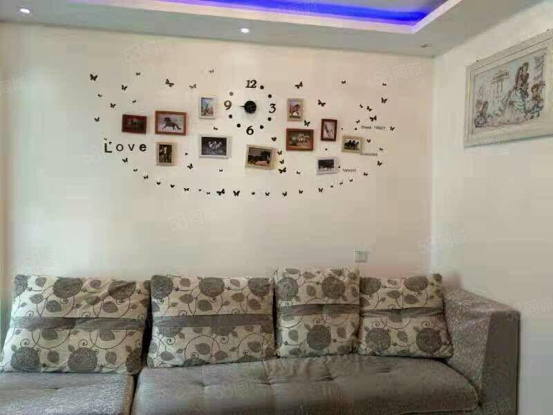 永尚国际复试一室一厅,家具家电齐全,,拎包入住。