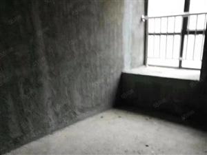 滨湖世纪城二期18楼的8楼三房都有飘窗毛坯便宜急售