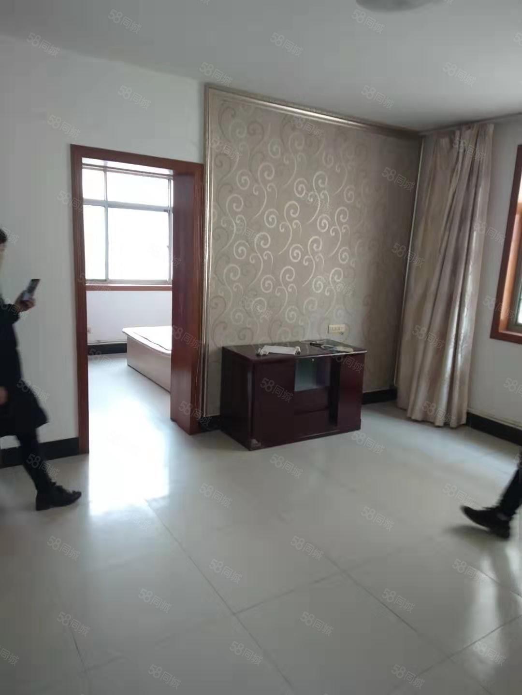 玉泉西路天然气公司旁安居三村2室带家具出租