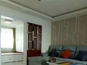 西门学区房5楼精装三室一厅,房本面积86平,实际面积100多