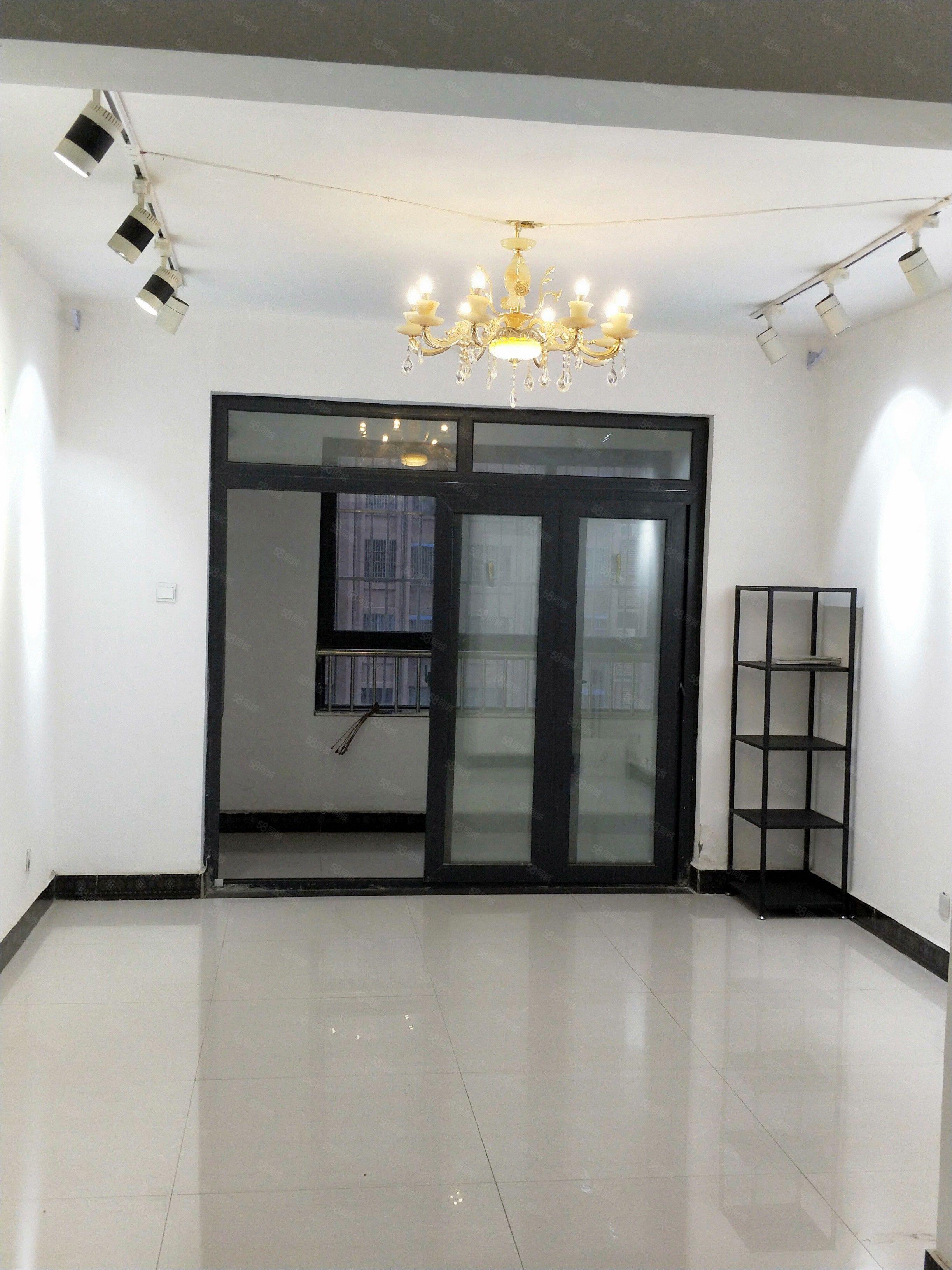盛祥国际城两室两厅一卫可办公可居住有钥匙随时看房