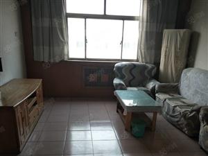 附小十三中双房附小一年级东1楼3室2厅130平1800元