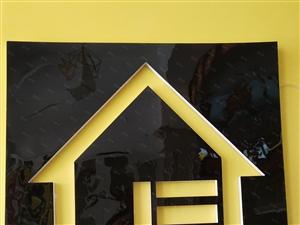 出售金泰花园2楼99平3室2厅简装带车库,58万,证满五年