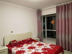 香槟广场两室带空调热水器,沙发床等宽带