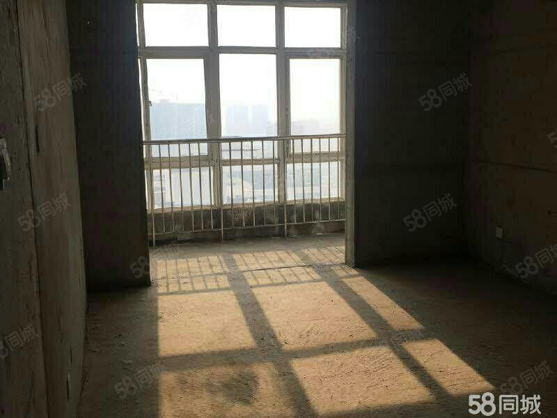东风路与文林路十字日月星城对面文景苑小区电梯大三室毛坯