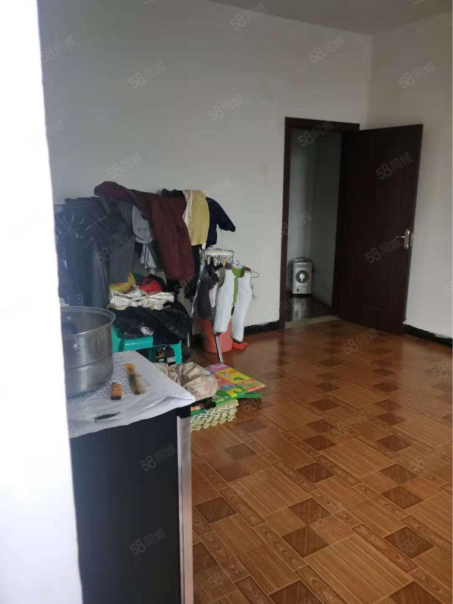 古蔺凤凰城背后二环路,一室一厅500元/月