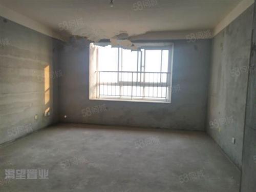薛城湖景花园,3室2厅,146平方中间楼层毛坯房,随意装修