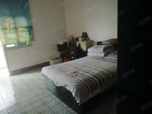永利娱乐场新村花台附近80平米3室1厅5楼