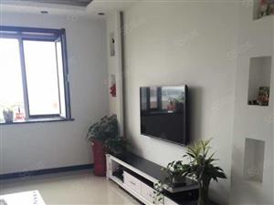 政府旁边龙泽城6跃7无电梯精装修拎包入住60万包过户