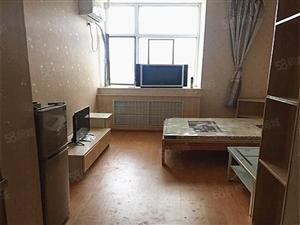 金鼎凤凰城高档公寓,精.品家私,家具家电齐全,温馨舒适。
