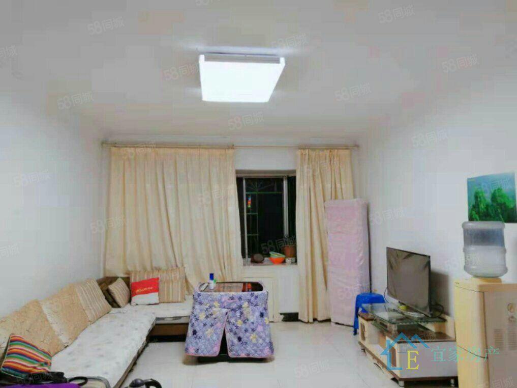 九龙小区精装修3室2厅2卫,租金2200元/月.拎包入住