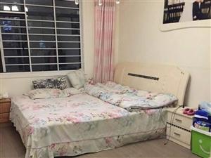 阳光帝景城高层两室两厅精装修家具家电齐全1600一个月