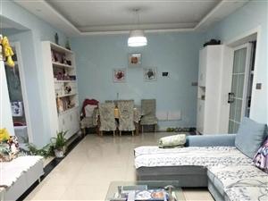 中央山水精装房二室二厅97平方电梯房急售