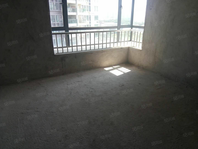 盛丰园毛坯三房,电梯中高层43.8万