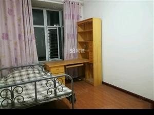 西班牙玫瑰5楼3室2厅2卫精装修家具家电全拎包入住