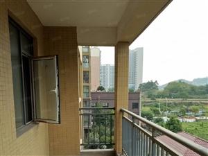 莲花中央广场电梯商品房,三室两厅两卫,户型方正,支持按揭!!