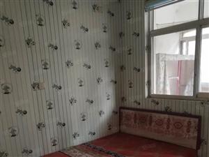 双力家属院1500元3室1厅1卫普通装修,全家私电器出