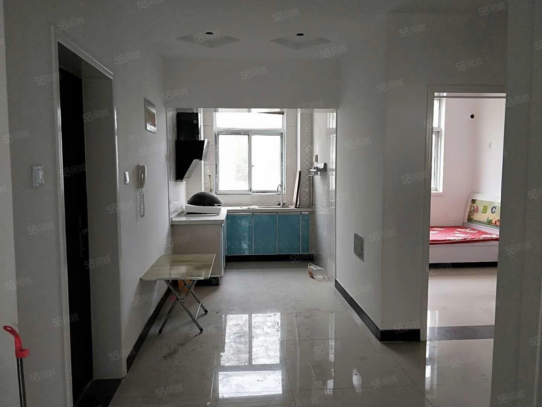 澳门星际网址翠柳路南段小区两室套房拎包入住价格美丽