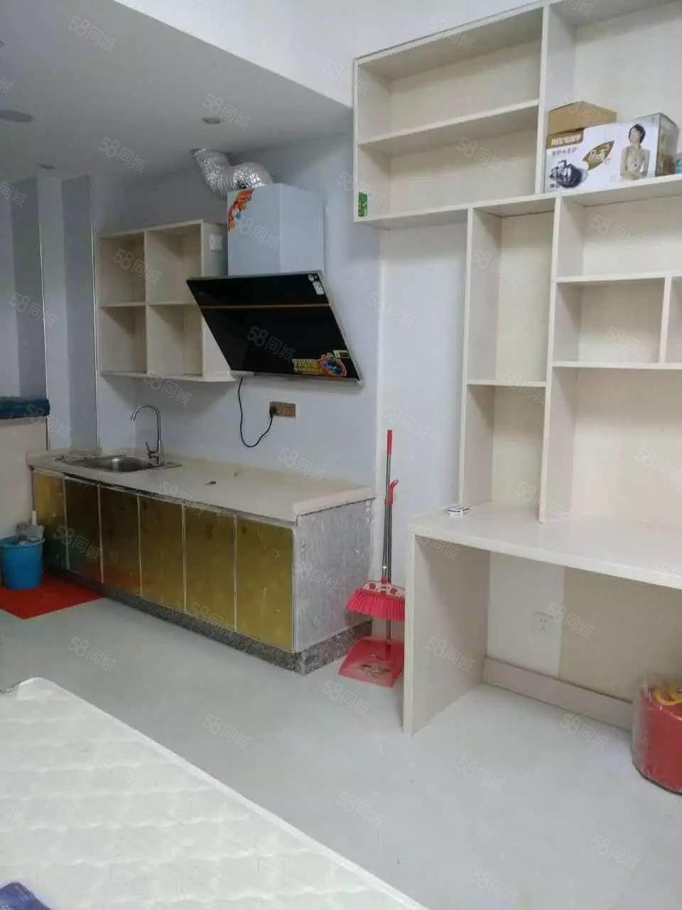 名门尚居单身公寓精装修1室