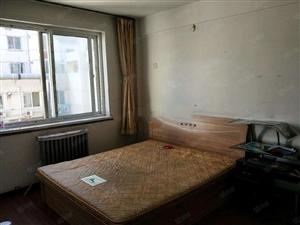 吉祥新家园2室1厅简单装修家具家电齐全拎包入住