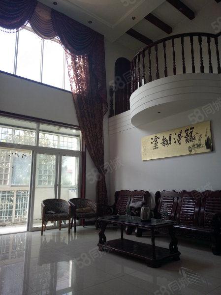 汇林凤凰苑别墅区,34楼精装复式,可做办公室,环境优美
