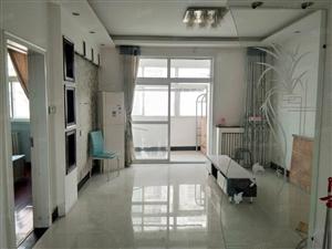 天一阁,2室2厅,精装,有2台空调,拎包入住,可半年付。