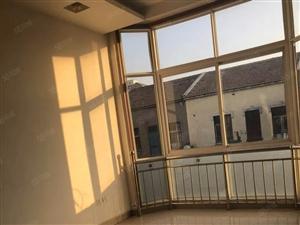 带院子三层半小洋楼租金28000