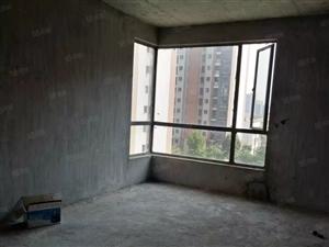 荟萃中央豪宅,三房朝南,证满2年,还送车位