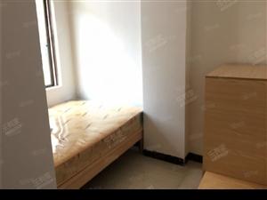爱伦堡公寓新装修两房