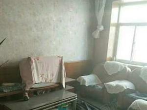 粮食局宿舍108平米3室2厅带储藏室90万