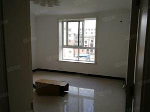 急售万宇小区,精装修新房未入住,无证需全款,有意者联系