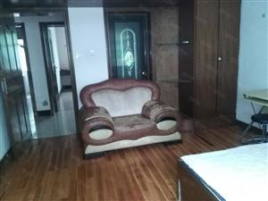 海利山庄2楼3室2厅出租