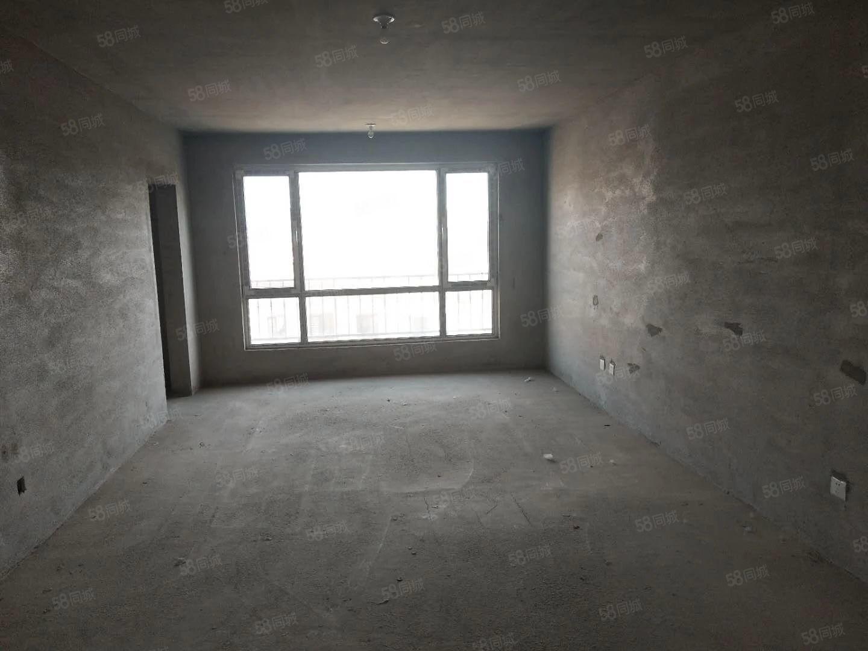 首创象墅5期收据包更名可贷款三室两卫标准户型
