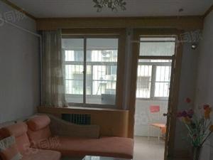 大润发东文化北里4楼2室2厅80平方米中等装修水电煤暖家